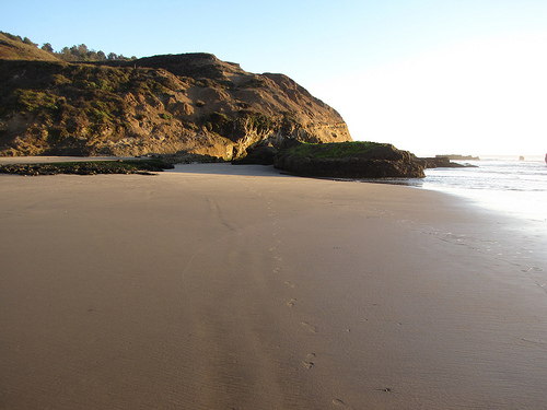 half_moon_bay_beach_2