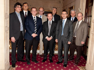 ESA's ATV team wins the Royal Aeronautical Society Gold Medal in the 'team' category, London, 10 December 2009.  Credits: Royal Aeronautical Society/T. Taylor