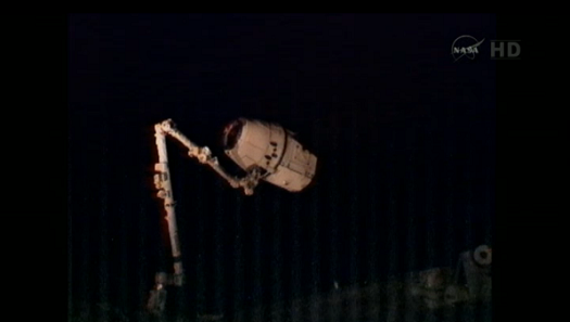 dragon_canadarm2