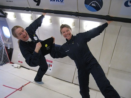 Karin and Carina float in microgravity. (Credit: Spaceport Sweden)