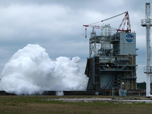 A J-2X engine test firing on April 4, 2103, at Stennis Space Center. (Credit: NASA/SSC)