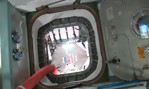 The open hatch to the Cygnus freighter. (Credit: NASA)