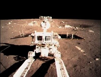 Yutu rolls out onto the moon. (Credit: CNSA)