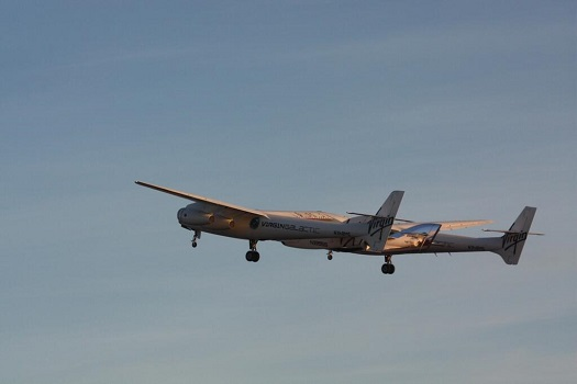 WhiteKnightTwo takes off with SpaceShipTwo from the Mojave Air and Space Port. (Credit: Virgin Galactic)