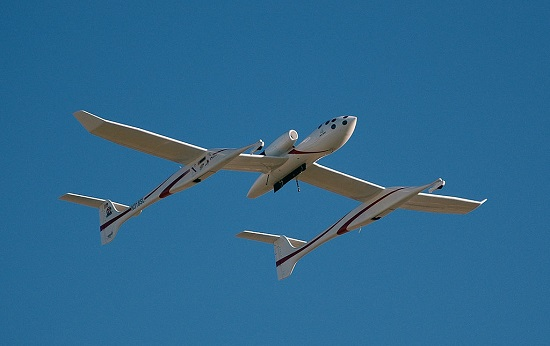 Scaled Composites' White Knight (Credit: D. Ramey Logan)