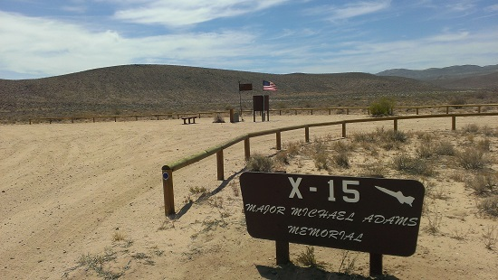 A memorial to X-15 pilot Mike Adams on the site of where he crashed in 1967. (Credit: Douglas Messier)