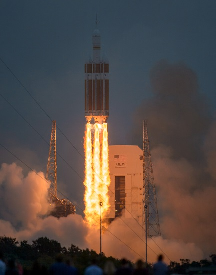 Orion Exploration Flight Test launch. (Credit: NASA)