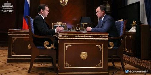 Dmitry Medvedev meets with Igor Komarov. (Credit: Government of Russian Federation)