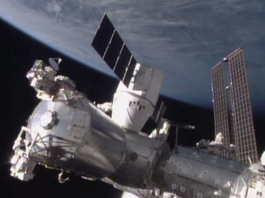 Dragon CRS-5 spacecraft berthed at International Space Station. (Credit: NASA)