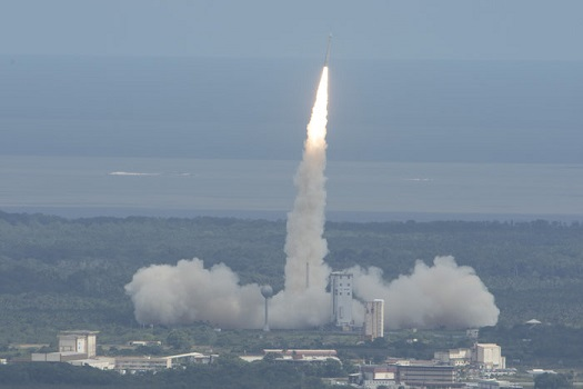 Vega lifts off with IXV test vehicle. (Credit: ESA)
