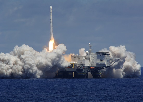 Zenit lifts off with communications satellite. (Credit: Sea Launch)