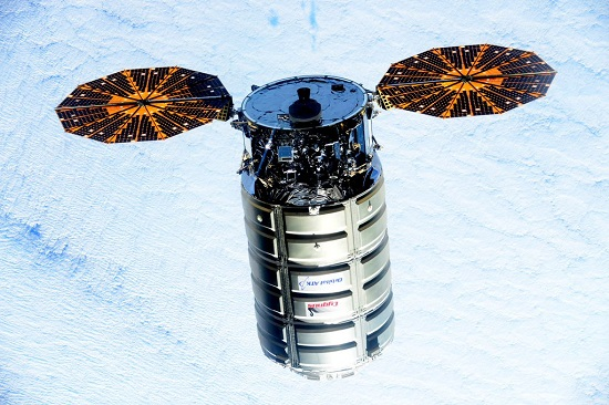 Cygnus approaches ISS (Credit: NASA)