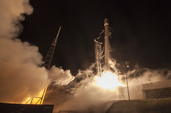 Falcon 9 launch (Credit: SpaceX)