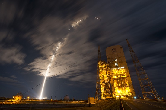 Atlas V rocket carrying the OA-6 mission to the ISS. (Credit: ULA)