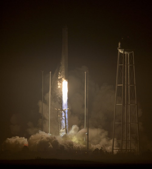 The Orbital ATK Antares rocket, with the Cygnus spacecraft onboard, launches from Pad-0A, Monday, Oct. 17, 2016 at NASA's Wallops Flight Facility in Virginia. Orbital ATK's sixth contracted cargo resupply mission with NASA to the International Space Station is delivering over 5,100 pounds of science and research, crew supplies and vehicle hardware to the orbital laboratory and its crew. (Credit: NASA/Bill Ingalls)