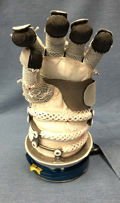 David Clark Company's unique spacesuit pressure restraint. (Credit: David Clark Company)
