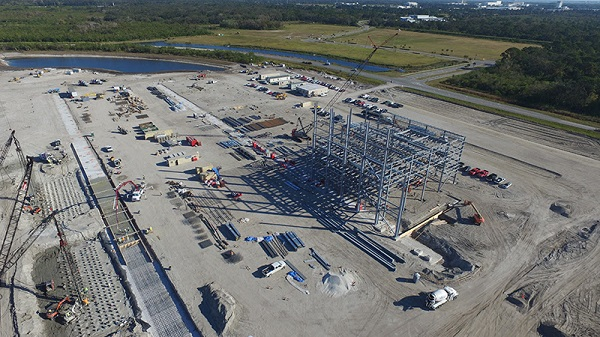 New Glenn production facility under construction in December 2016. (Credit: Blue Origin)