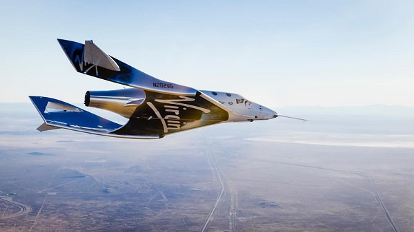 SpaceShipTwo glides over the Mojave Desert after being released from its WhiteKnightTwo mother ship. (Credit; Virgin Galactic)