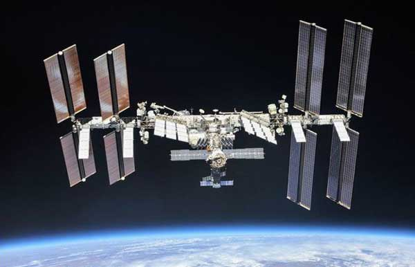 ISS Crew Works CubeSats, Life Science and Configures Physics Hardware