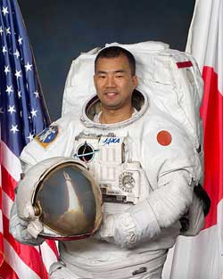 Japanese Astronaut Prepares for Flight Aboard SpaceX's Crew Dragon